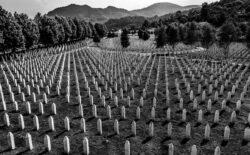 Zahtjevi Facebooku da zabrani negiranje genocida u Srebrenici
