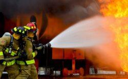 Vatrogasci nakon gašenja požara u kući pronašli tijelo 48-godišnjaka