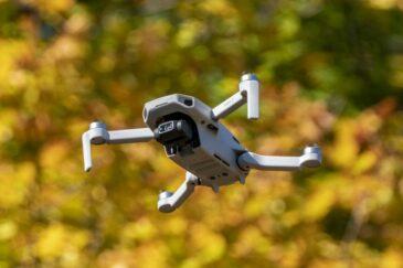 DJI predstavio dron Mini 2: Veći domet i 4K snimci