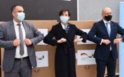 Vlada Njemačke uručila 12 respiratora bolnicama u BiH